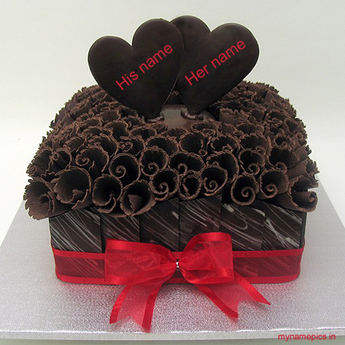 Write name on Chocolate heart anniversary cake online